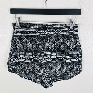 Show Me Your Mumu Black White Geometric Shorts